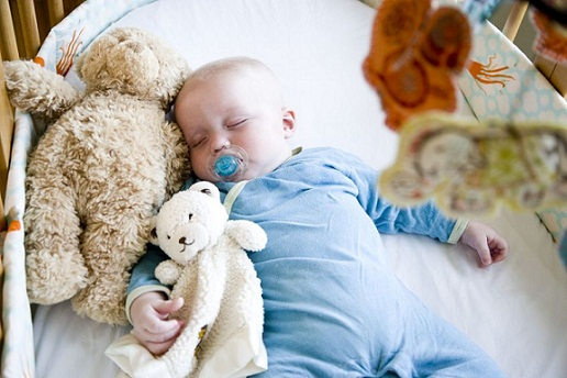 Study Analyzes Sleep Environment Risks For Infants